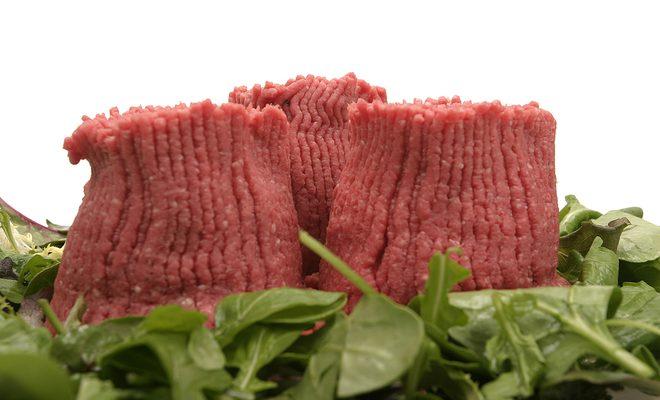 چرخ کرده بوقلمون استفاده کنیم، یا گوشت؟