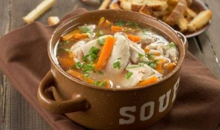 با سوپ مرغ روند درمان سرماخوردگی را تسریع کنید.