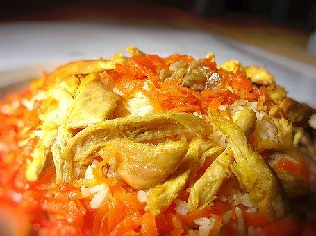 آیا هویجی که در حین پخت به مرغ اضافه می کنیم، قابل خوردن است؟