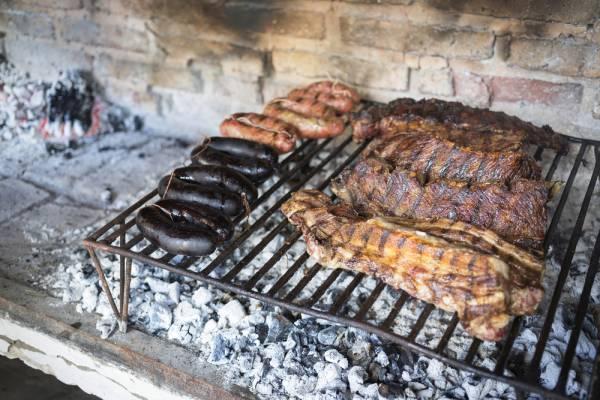 دلایل شگفت انگیزی که به ما می گویند باید گوشت بخوریم!