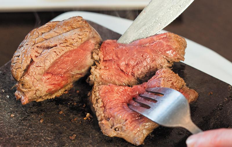 شش دلیل شگفت انگیز برای خوردن گوشت گوسفندی!